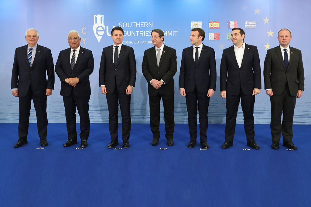 ¿Cuánto mide Alexis Tsipras? - Real height South-EU-Summit-Leaders
